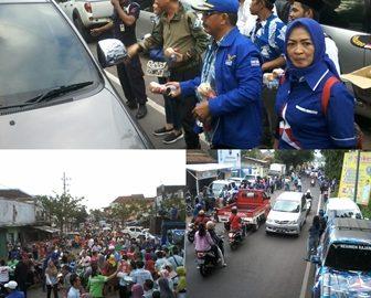 Pembagian Ribuan Takjil Demokrat Banyuwangi Disambut Warga dengan Antusias