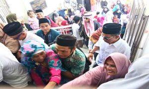 Rombongan Jamaah Haji