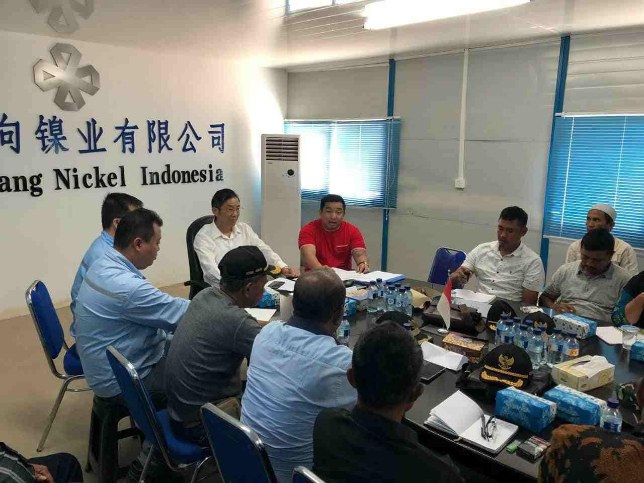 Musyawarah antara PT Wanxiang Nickel Indonesia dengan perwakilan Bumdes dari enam desa binaan dalam pembentukan Badan usaha perseroan terbatas ( PT LABUA TIMUR ) di kantor PT Wanxiang Nickel Indonesia pd selasa 11/09/2019