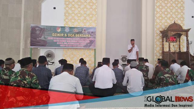 Doa bersama Masjid Agung Pusat Perkantoran Pemkab Morowali Fonuasingko yang dilkasanakan pada rabu, (10/10/2018).