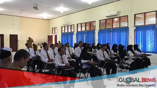 Kabupaten Pidie selenggarakan pelatihan revolusi mental untuk pelayanan publik tahun 2018 di aula Diklat BKPSDM Kabupaten setempat, Senin (8/10/2018).