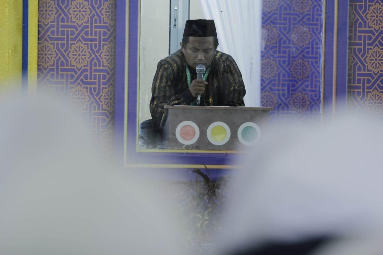 Foto: Penampilan Ibnu YusufPeserta MTQ Nasional Cabang 30 Juz dan Tafsir Bahasa Arab di Asrama Haji Aula Quba.