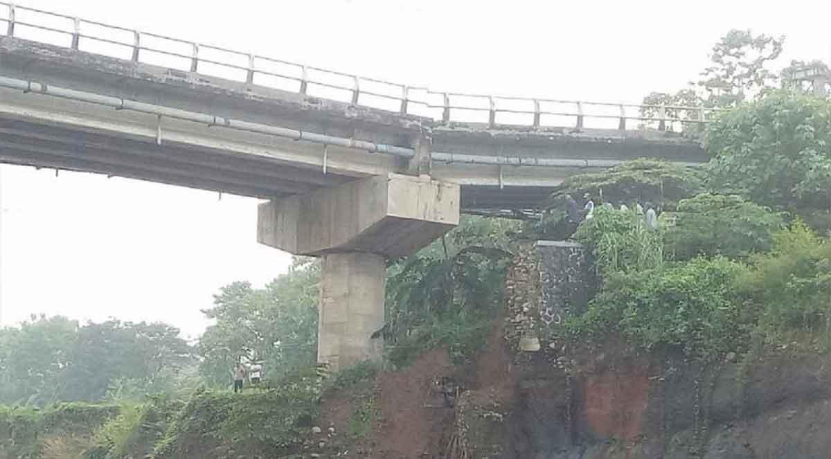 Jembatan Cipamangkis