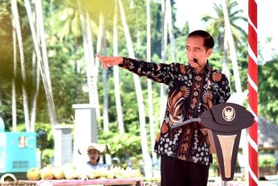 Presiden Jokowi Hadiri Perayaan Natal di Kalbar