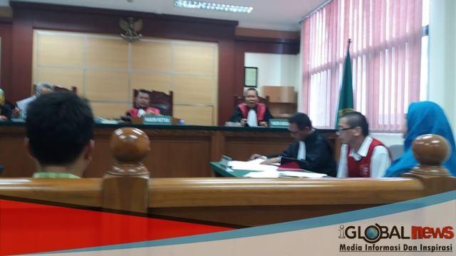 WN Jepang di sidangkan di Pengadilan Negeri Tangerang, Rabu (17 /10/2018) karena kedapatan menyeludupkan, Ular dan Kadal atau Biawak.