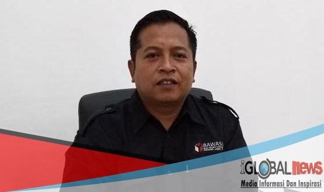 Photo Ketua Bawaslu Banyuwangi, Hamim, S.HI