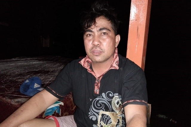 Photo .Aswan Manan, Kepala Desa Dampala Kecamatan Bahodopi Kabupaten Morowali saat ditemui awak media inipada rabu malam.
