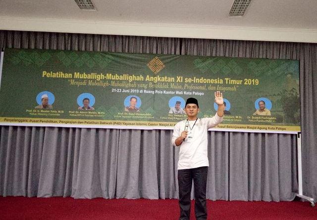 Photo : Ustad Armin Perwakilan Kabupaten morowali saat mengikuti pelatihan Mubaligh di Palopo.