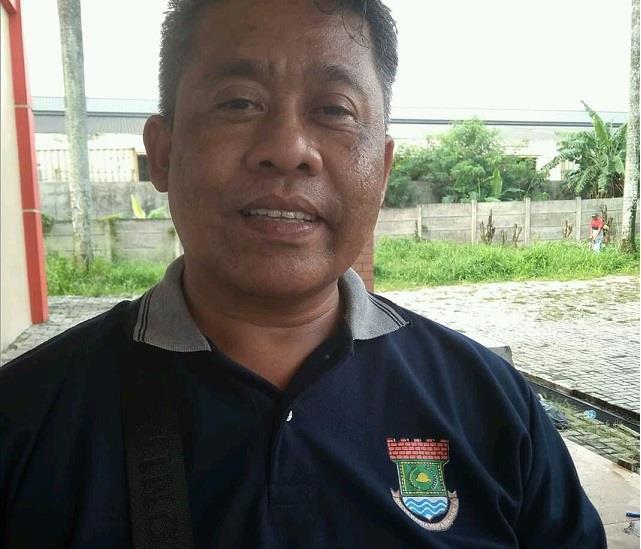 Photo pertama: Kasi Ekbang Kecamatan Curug, Cucu Supriadi