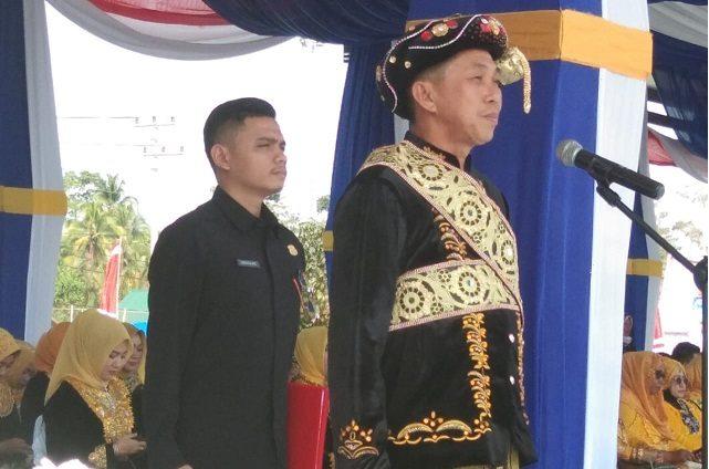 Bupati Morowali saat upacara peringatan hari jadi Kabupaten Morowali ke 20 tahun 2019.