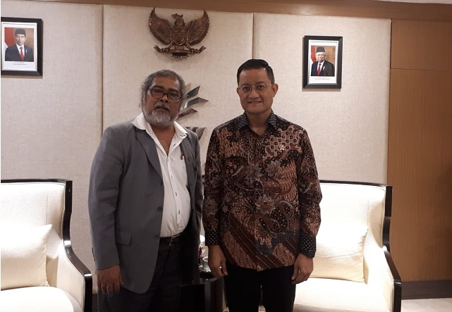 Arist Merdeka Sirait Ketua Umum KOMNAS Perlindungan Anak bersama bpk Juliari Batubara Menteri Sosial RI.