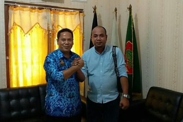 Photo Kasatpol PP Kusna Ramdani dan Arie Kabiro Kota Serang.