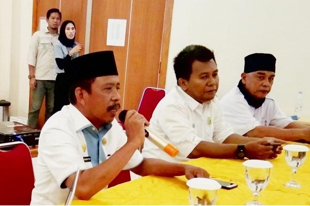 Photo Kepala Dinas Transnaker Morowali (Drs.Abd Rahman Toppo).