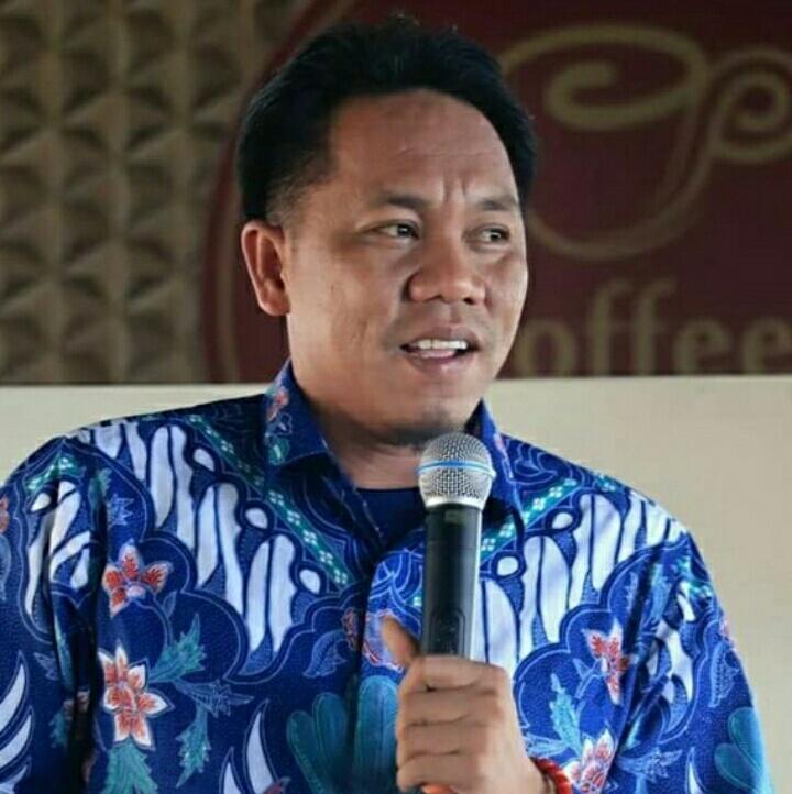 Photo Kuswandi Ketua DPRD Kabupaten Morowali.