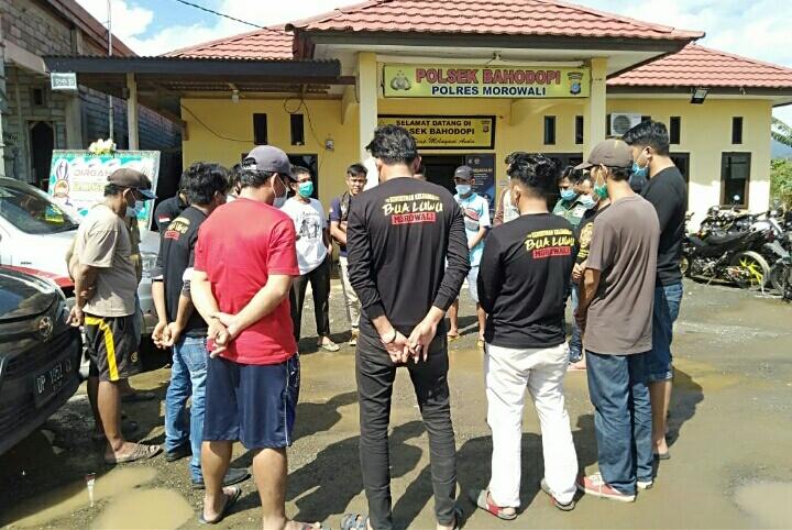 Tim melawan yang akan salurkan logistik di Masamba dilepas Kapolsek Bahodopi