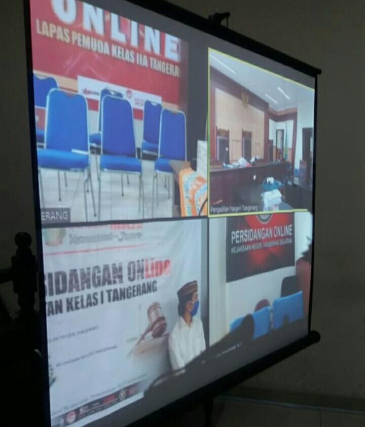 Terdakwa, Satrio pemilik ganja 210 kg,  lolos dari hukuman yang  hukuman mati, dalam sidang Telekonfrens, di PN. Tangerang.