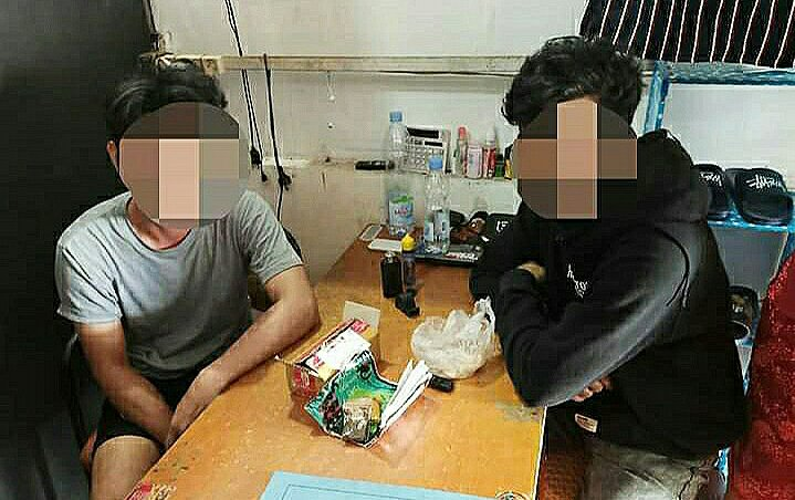 Ket poto 1 barang bukti tembakau gorilla 2. Dua pelaku diamankan di BNNK Morowali