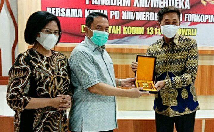 pandam XIII Merdeka bersama Bupati Morowali Drs.Taslim