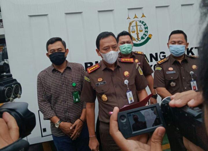Kajari Kota Tangerang, IDG Wirajana saat memberikan Keterangan, Kamis ( 21 / 1 / 2021 ))